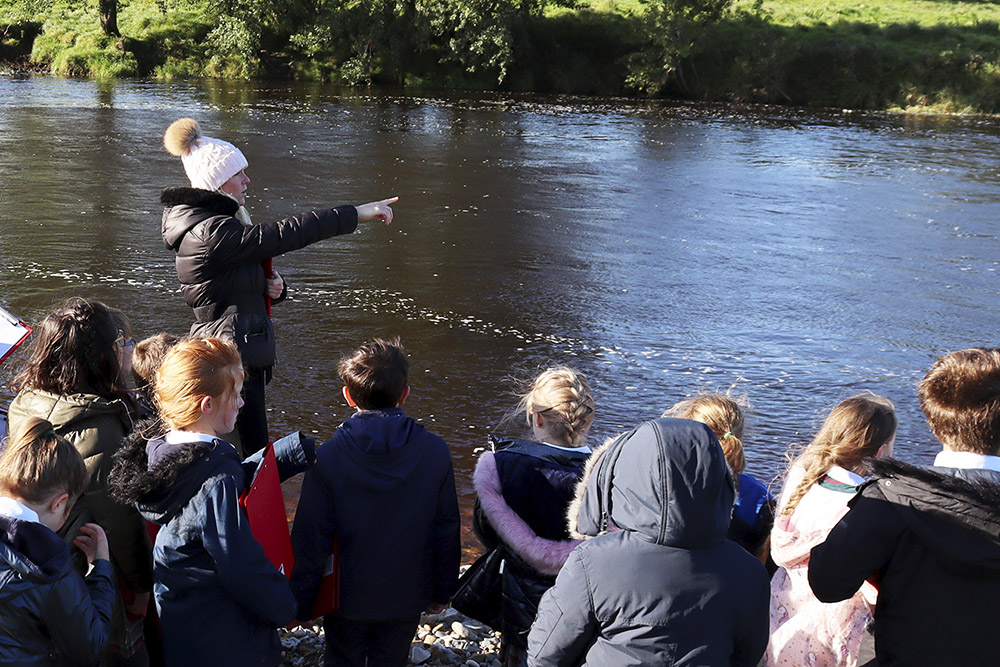 Exploring the River Ribble, Clitheroe – Junior Day Out