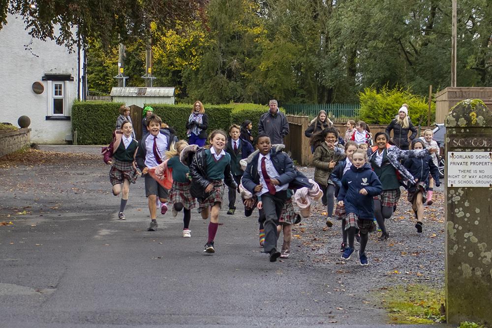 children sprinting